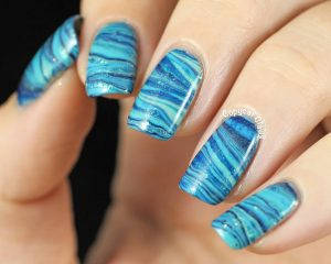 Blue-Watermarble-Nails