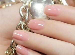 light-pink-nails