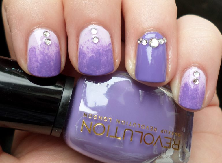 sweet-purple-nails
